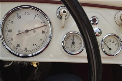 Triumph-Rahmennummer datiert